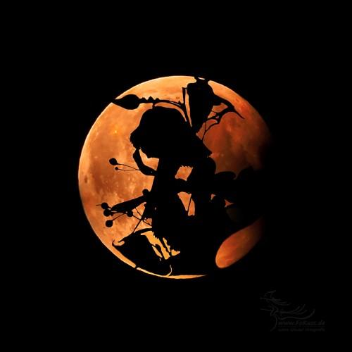 Blattwerk trifft Mond